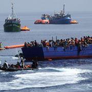 Dresdner Staatsanwalt jagt Flüchtlings-Helfer (Foto)