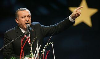 Der türkische Präsident Erdogan droht Deutschland nach dem Auftrittsverbot. (Foto)