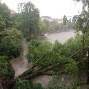 Regen ohne Ende! Ausnahmezustand in Berlin (Foto)