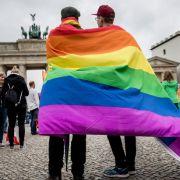 Homo-Ehe plötzlich verfassungswidrig? (Foto)