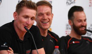 Die Radsportler André Greipel, Nikias Arndt und Simon Geschke (v.l.n.r.) stehen im deutschen Kader bei der Tour de France 2017. (Foto)