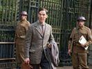 Der brillante Mathematikprofessor Alan Turing (Benedict Cumberbatch) stellt sich beim britischen Militär in der Spionagezentrale Bletchley Park vor. Er möchte die deutsche Chiffriermaschine Enigma knacken. (Foto)