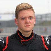 Neuer Rückschlag! Schumi baut Crash bei Formel-3-EM (Foto)