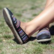 Wann Sie auffällige Muster bei Schuhen lieber meiden (Foto)