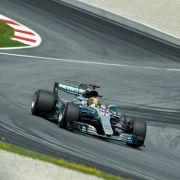 Mercedes-Fahrer Bottas siegt vor Vettel in Österreich (Foto)
