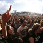 Luftakrobat stirbt bei Musikfestival (Foto)