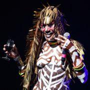 Popstar (69) legt heiße Nacktshow hin (Foto)