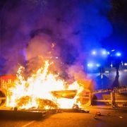 De Maizière: Gewalttäter in Hamburg wie Neonazis und Terroristen (Foto)
