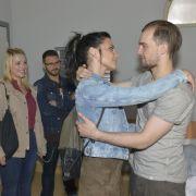 Laura zockt Philip ab - Chris entkommt dem Kerker (Foto)