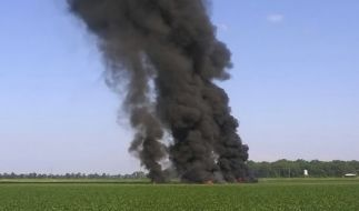 Beim Absturz einer Militärmaschine im US-Bundesstaat Mississippi sind einem Medienbericht zufolge 16 Menschen ums Leben gekommen. (Foto)