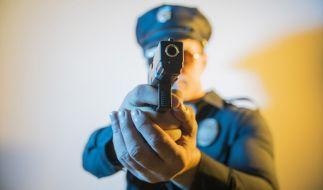In einem australischen Swinger-Club wurde ein Pärchen von der Polizei niedergeschossen (Symbolbild). (Foto)