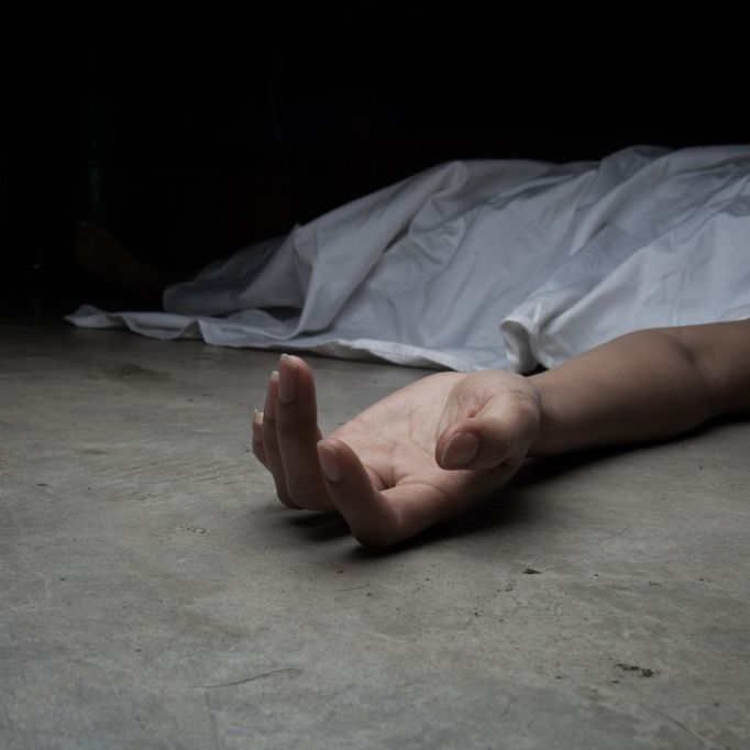 Frau stirbt nach Vergewaltigung mit Taschenlampe (Foto)