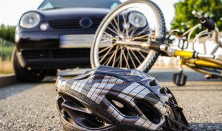 Ein Verkehrsunfall in Hürth endete für einen 17-jährigen Fahrradfahrer tödlich. (Symbolbild) (Foto)