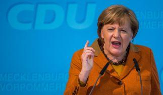 Angela Merkel steht im Sommerinterview Rede und Antwort. (Foto)