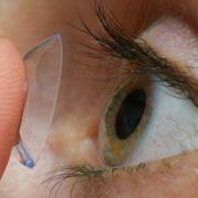 Horror-Fund! Ärzte holen 27 Kontaktlinsen aus Auge von Patientin (Foto)