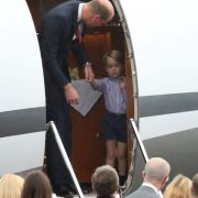 Gar nicht royal! Prinz George pfeift auf gute königliche Manieren (Foto)