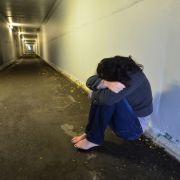 Mann setzt Teenie-Stieftöchter für Sex unter Drogen (Foto)