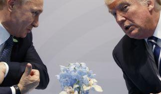 Trump soll sich während des Abendessens der Staats- und Regierungschefs in der Hamburger Elbphilharmonie von seinem Platz neben Japans Ministerpräsident Shinzo Abe entfernt und neben Putin gesetzt haben. (Foto)