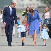 Die Reise von William und Kate beginnt in Warschau, Polen. Von hier aus reist die royale Familie nach Deutschland.