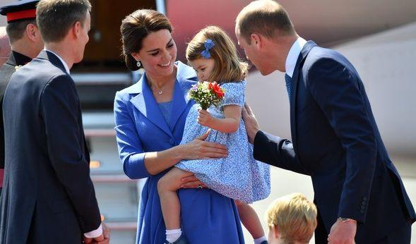 Gegen Mittag landeten Prinz William, seine Frau Herzogin Kate und ihre beiden Kinder Prinz George und Prinzessin Charlotte am 19.07.2017 in Berlin auf dem Flughafen Tegel.