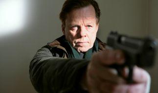 Kommissar Wallander (Krister Henriksson) nimmt es mit der Russenmafia auf. (Foto)