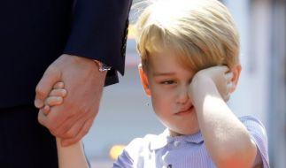 Ein müder und grummeliger Prinz George in Berlin. (Foto)