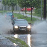 Hochwasser-Alarm! Tiefs Zlatan und Alfred bringen Regen satt (Foto)