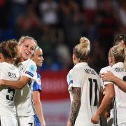 Deutsche DFB-Damen nach zwei Elfmeter-Toren im Viertelfinale (Foto)
