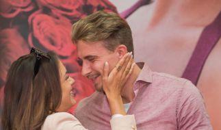 Jessica Paszka und David Friedrich bei ihrem ersten Auftritt als Paar in Hamburg. (Foto)