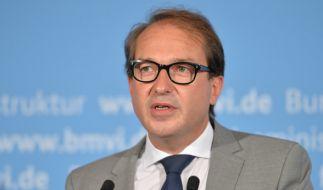 Verkehrsminister Alexander Dobrindt verbietet die Neuzulassung des Porsche Cayenne. (Foto)