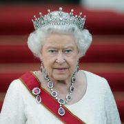 DIESER sexy Royal darf sogar der Königin an die Wäsche (Foto)