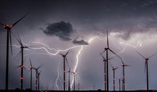 Das Unwetter überzog ganz Deutschland mit unzähligen Blitzen. (Foto)