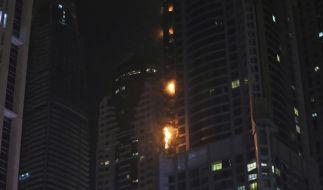 In Dubai brannten im Torch Tower in der Nacht mehrere Stockwerke. (Foto)
