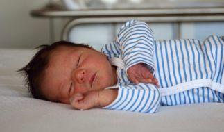 Ein erst sieben Wochen altes Baby starb, nachdem seine Mutter ihm eine Überdosis Antidepressiva verabreichte - jetzt steht die Frau vor Gericht (Symbolbild). (Foto)