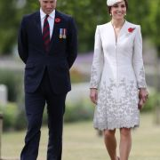 Schon gekrönt? Sind die Royals bereits das neue Königspaar? (Foto)