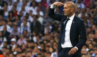 Real Madrids Trainer Zinedine Zidane tritt mit seinen Mannen am Dienstag im UEFA Supercup 2017 gegen Manchester United an. (Foto)