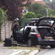 Festnahme! Bewaffnete Bewohner verschanzen sich in Wohnhaus (Foto)