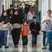 Wie stehen CDU, SPD und Co. zur Flüchtlingspolitik und Zuwanderung? (Foto)