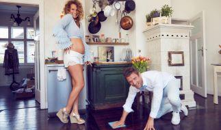 Janni Hönscheid und Peer Kusmagk haben ihre Schwangerschaft für eine Doku-Sopa von Kamerateams begleiten lassen. (Foto)