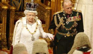 Queen Elizabeth und ihr Ehemann Prinz Philip. (Foto)