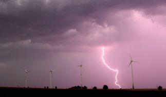 Auch in den kommenden Tage sorgen Gewitter und Regen wieder für Wetter-Chaos in Deutschland. (Foto)