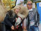 Carmen und Robert Geiss lieben den öffentlichen Auftritt - und machen sich dabei öfter als ihnen lieb ist zum Gespött. (Foto)