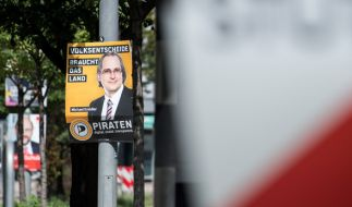 Welche Strafe droht, wenn Wahlplakate beschmiert oder abgerissen werden? (Foto)