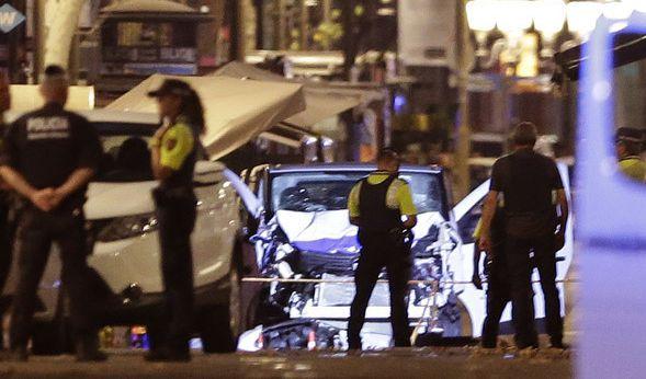 Bei dem Einsatz in Cambrils wurden sieben Menschen verletzt, zwei davon schwer, wie der katalanische Zivilschutz auf Twitter schrieb.