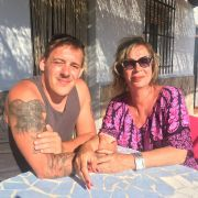 DIESEM Auswanderer-Paar drohte die Trennung! (Foto)
