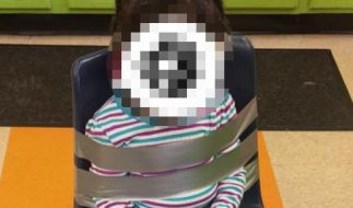 Das 4-jährige Mädchen wurde im Kindergarten an einen Stuhl gefesselt. (Foto)
