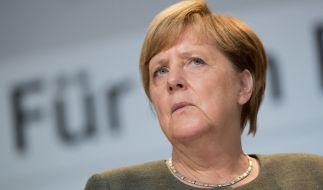 Angela Merkel ist empört über Schröders Pläne. (Foto)