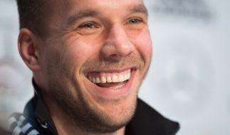 """Lukas Podolski wurde von dem Internetportal """"Breitbart"""" fälschlicherweise als Flüchtling dargestellt. Nun will der Fußballer gerichtlich gegen den Foto-Fauxpas vorgehen. (Foto)"""