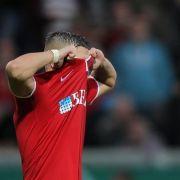 SV Wehen Wiesbaden geht gegen Hamburger SV im 1:1-Remis vom Platz (Foto)