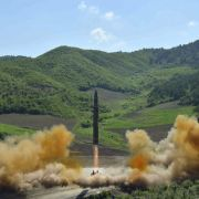 Trump testet Krieg in Korea - Kim Jong Un droht mit Vergeltung (Foto)